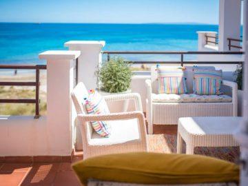 Beachfront Penthouse Playa den Bossa